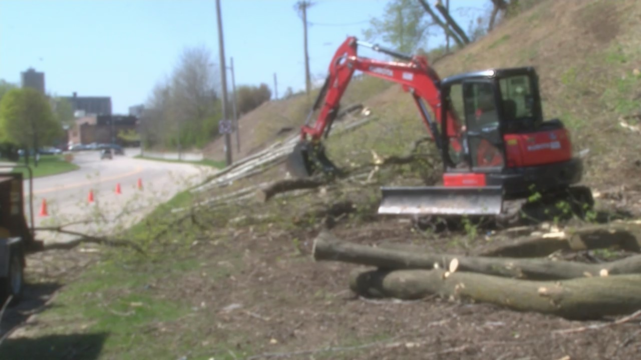Maritime Drive Bluff Restoration in Manitowoc Brings Makeover to Lakeshore