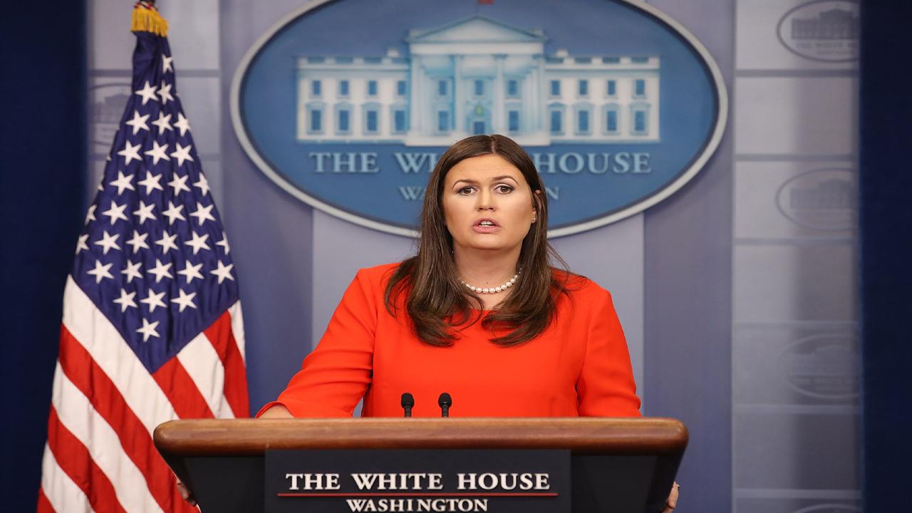 Sarah Huckabee Sanders Sept48857071-159532