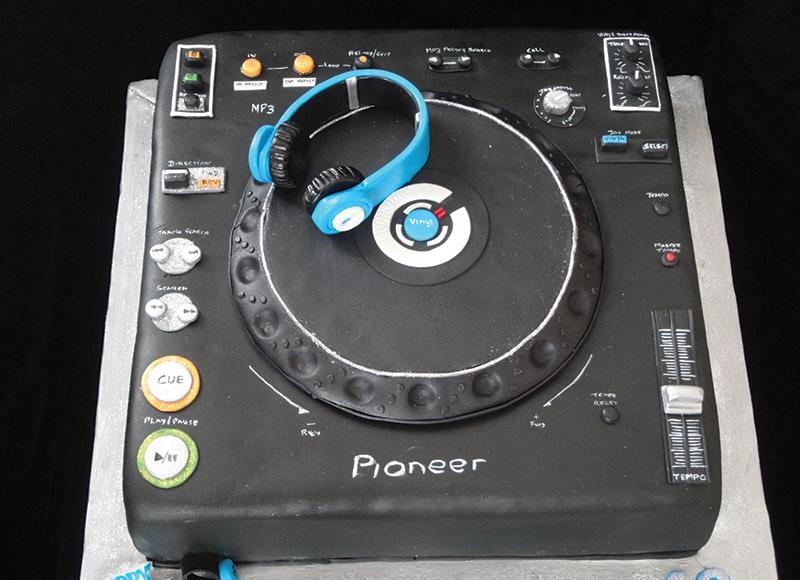 Pioneer Cdj Cake