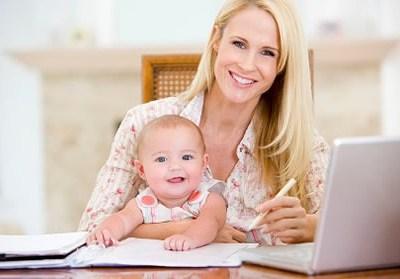 Working Mum and child, flexible working