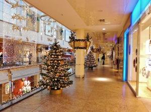 shopping-center-538018_1280