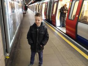 Kyler-Working-In-London-003