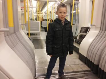 Kyler-Working-In-London-044