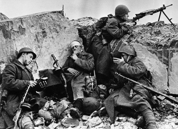 Soviet soldiers Stalingrad