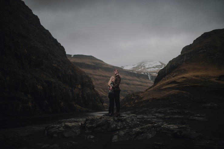 Wandering the Faroe Islands by Barefoot + Bearded Photography