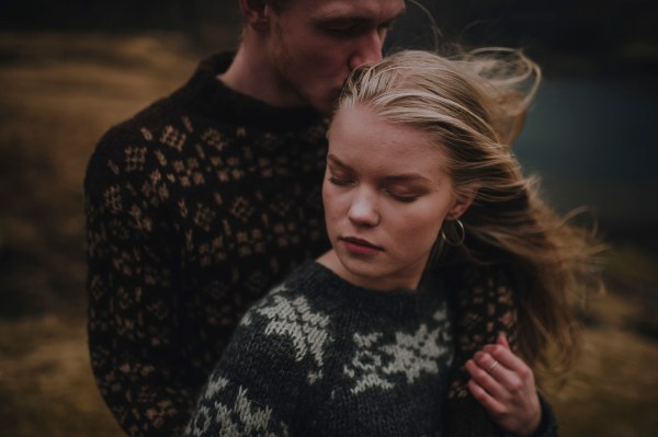 Faroe Island couple shoot by Barefoot & Bearded Photography