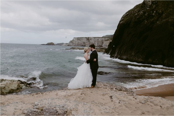 Peach Perfect Weddings Elopement packages - Photo by Iain Irwin
