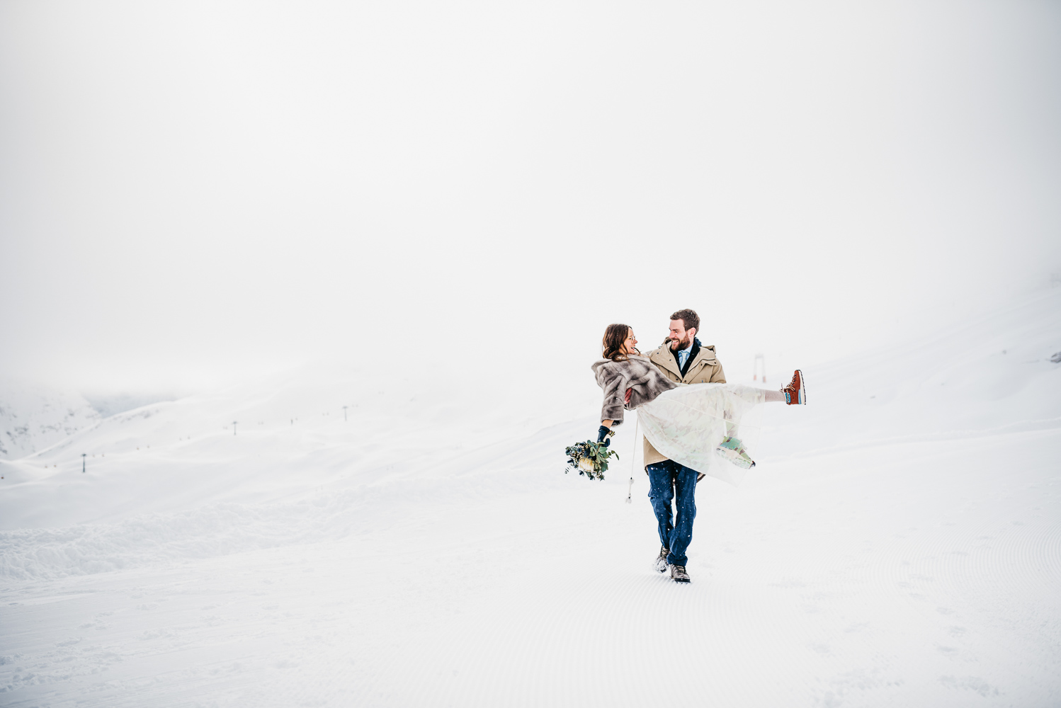 Winter wedding on Germany's Highest Mountain by Aneta Lehotska