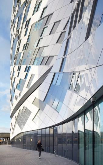 Architectuur Schiphol Hilton Hotel buitenkant