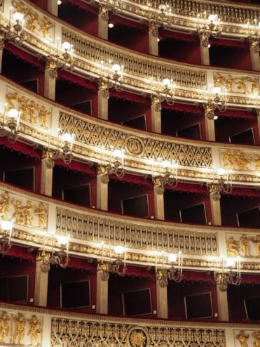 Bezienswaardigheden Napels Teatro San Carlo
