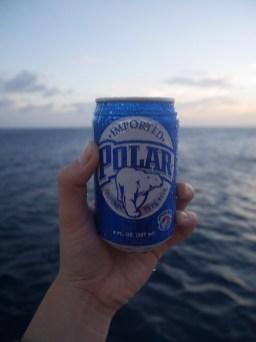 Biertjes tijdens de sunset boat tour trip curacao