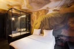 Bijzonder overnachten muurschildering hotel o