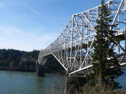 Bridge of the Gods Cascade Locks