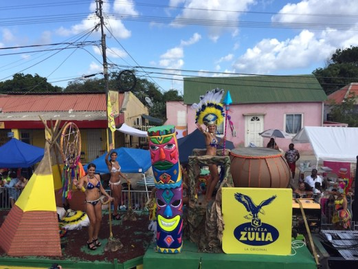 Carnaval Curacao parade optocht