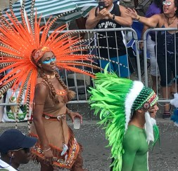 Carnaval op Curacao outfits