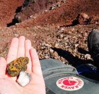 Gekleurde stenen etna vulkaan