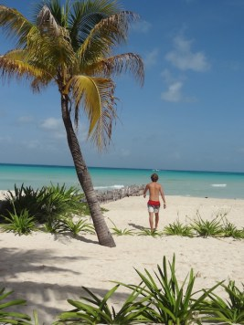 Isla mujeres in mexico strand