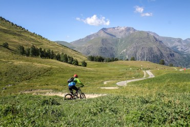 Mountainbiken in de franse alpen