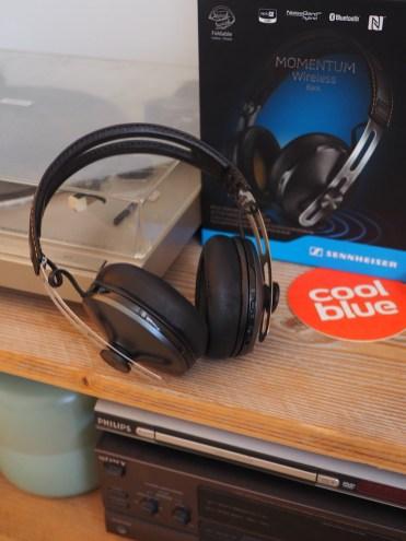 Noise-Cancelling-Headphones-Sennheiser