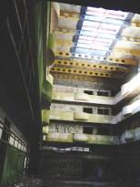 Sete Cidades Abandoned Hotel binnenhal