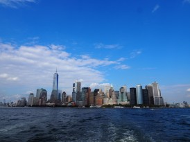 Skyline-New-York-vanaf-boot-statue-of-liberty