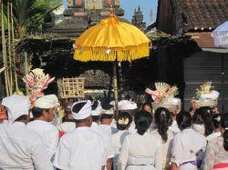 Tanah Lot ceremonie