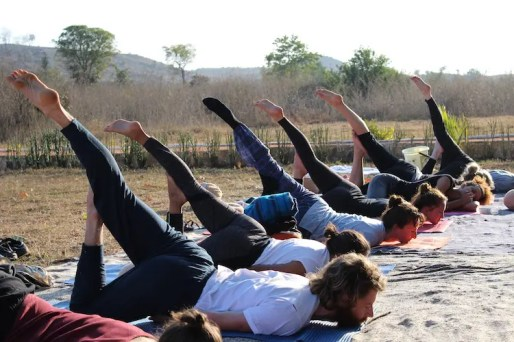 Yoga teacher training india les buiten