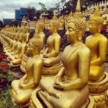 beelden laos tempels