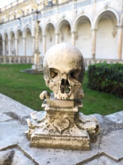 doodshoofden in Certosa di San Martino