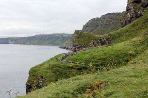 game of thrones noord ierland carrick-a-rede cliffs