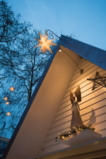 kerstmarkt keulen engelen markt neumarkt
