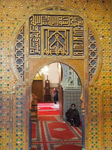 marrakech-binnen-kijken-straatjes