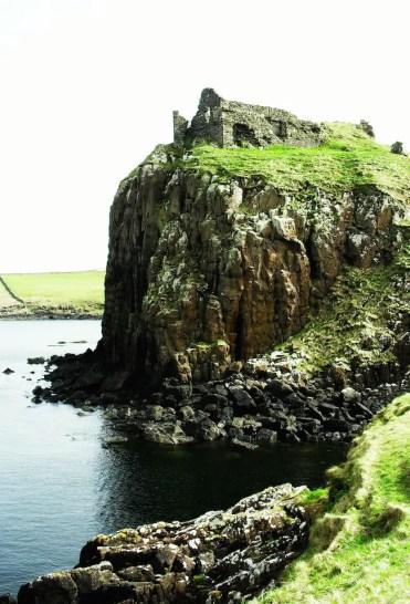 x duntulm castle