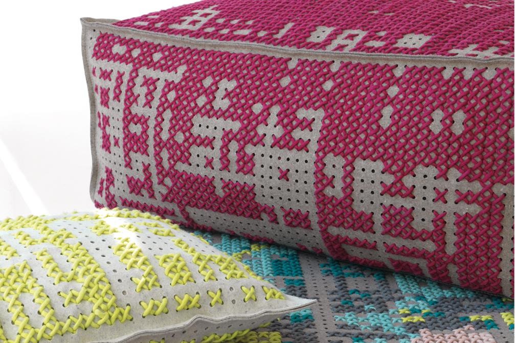 Gan rugs-canevas collection colour pouf