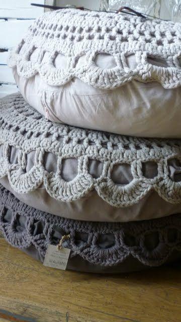 crochet chunky poufs