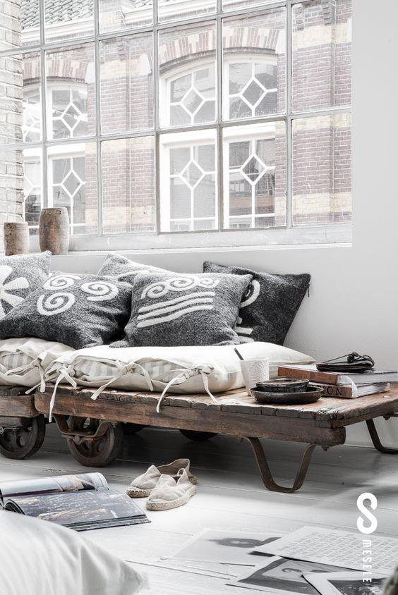 greys and wood interior deco