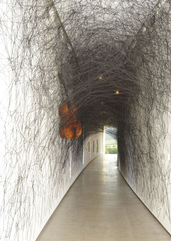 Chiharu Shiota black thread installation