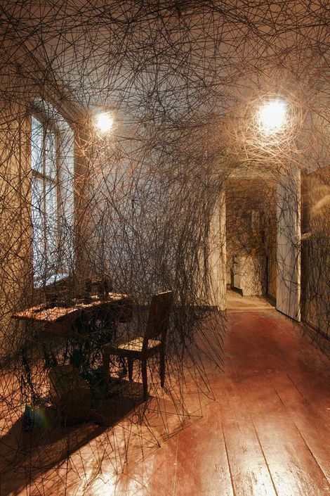 Chiharu Shiota thread installation