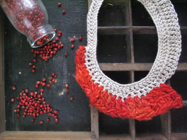 Valentine's (t)reds silk and cotton yarn necklace 03