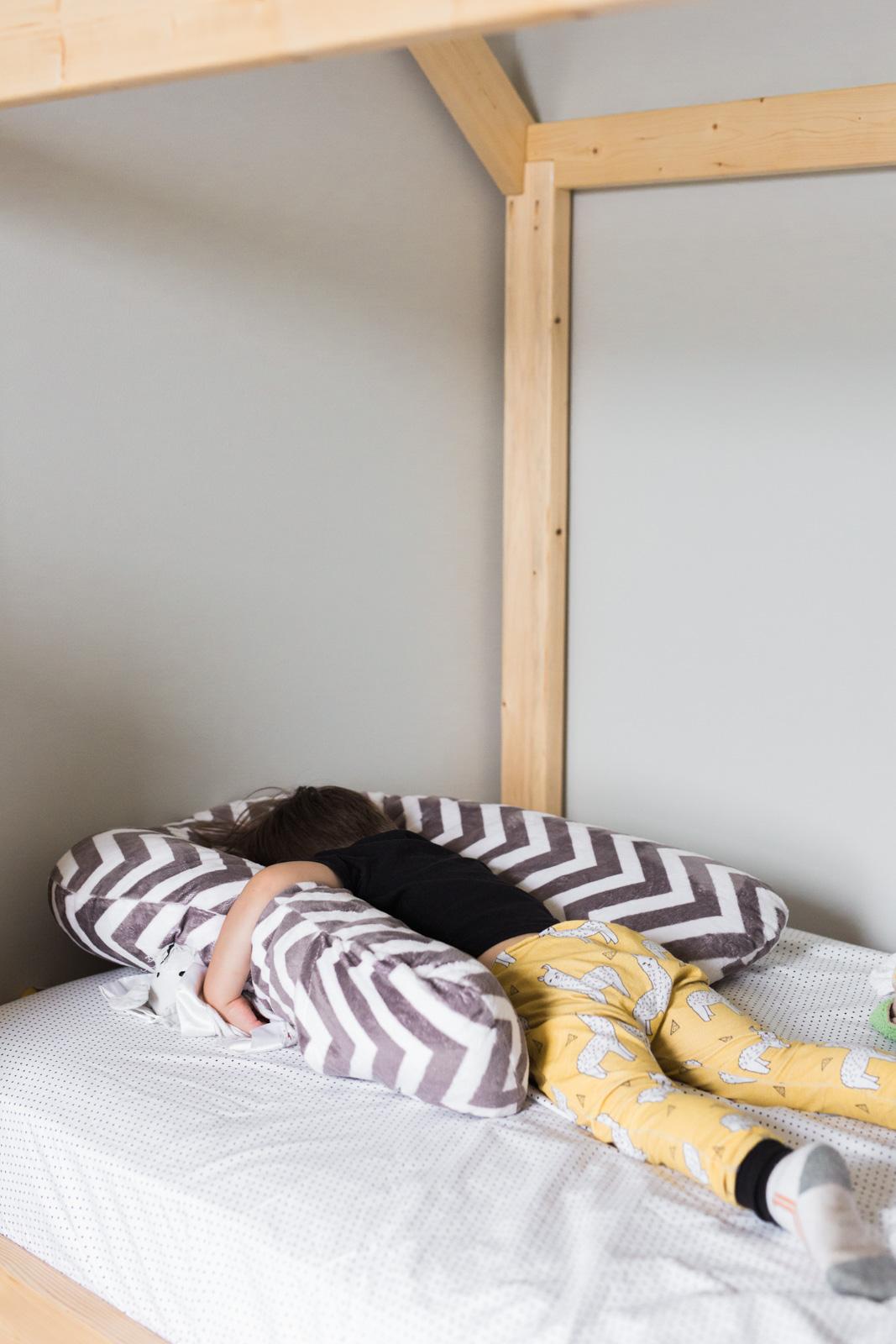 sleep-zzz-pillow-review-10