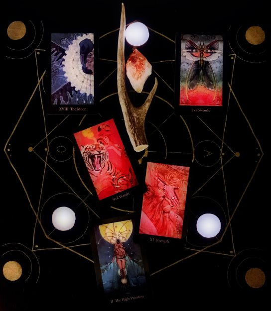 Weaver Tarot: Capricorn Full Moon Horned Woman Tarot Spread