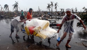 typhoon_haiyan_looting