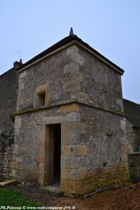 Pigeonnier de Châteauneuf Val de Bargis
