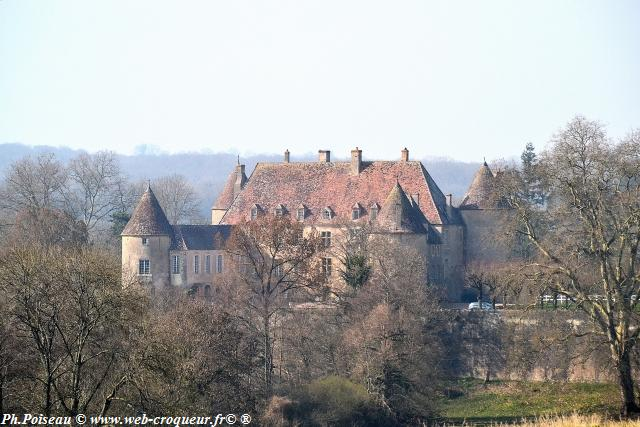Château de Chitry les mines