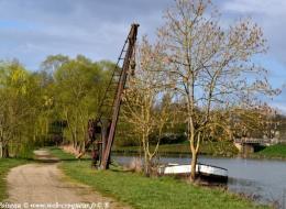 La Grue du canal de Gimouille