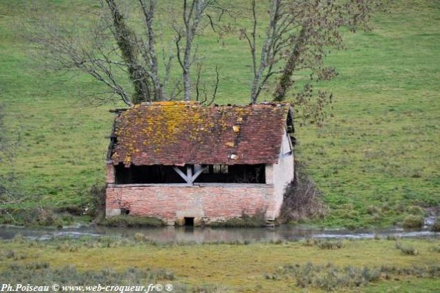 Lavoir des Réaux Ponts de Beaumont Nièvre Passion
