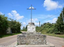 Monument aux Morts de Cizely
