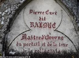 Monument Pierre Couvé à Clamecy