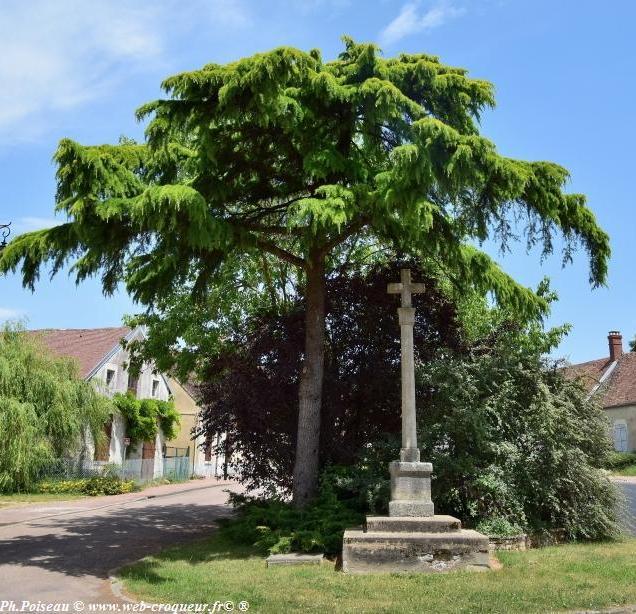 Calvaire de Bouhy - Croix de Bouhy Nièvre Passion