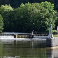 Pertuis de Clamecy - Pertuis du canal du Nivernais